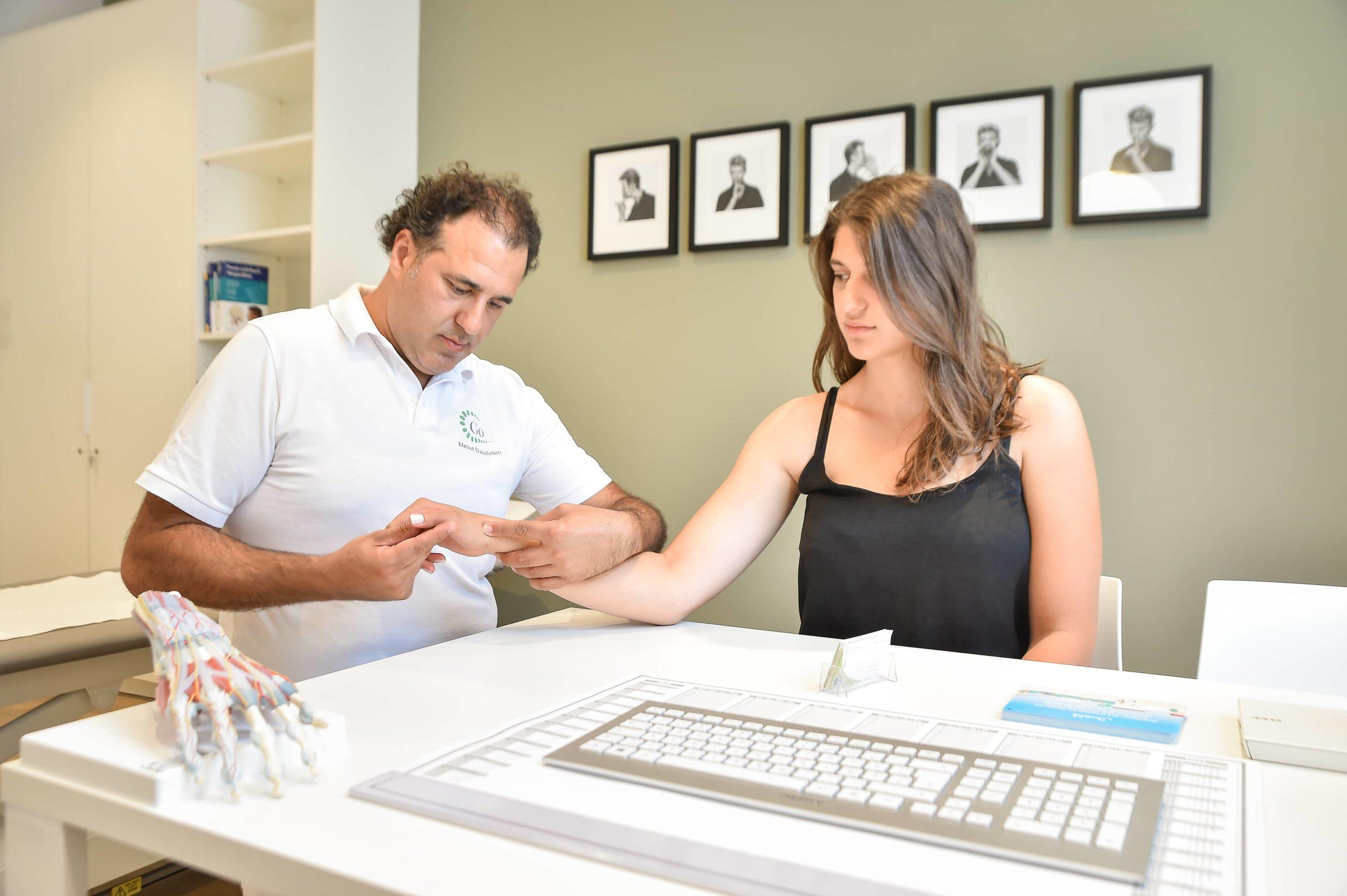Leistungen Handgelenk Diagnose - Ihre neue Facharztpraxis für Orthopädie
